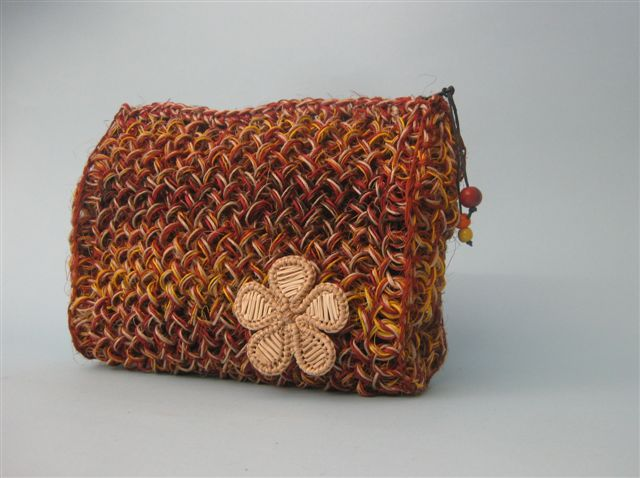 1.27 Beautycase in fibra naturale - fique 20cm x 15cm